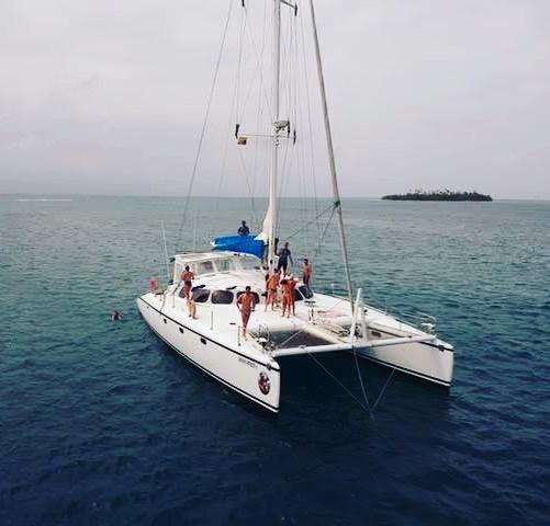 sailboat-catamaran-sangria-16