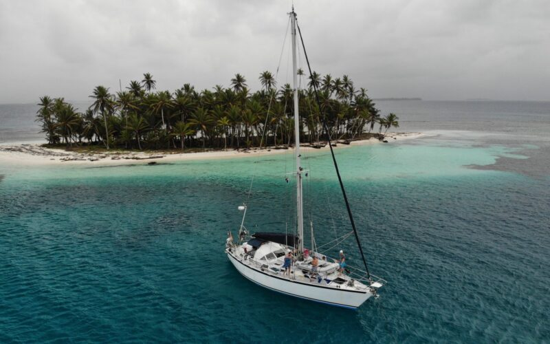 Sailboat Mintaka
