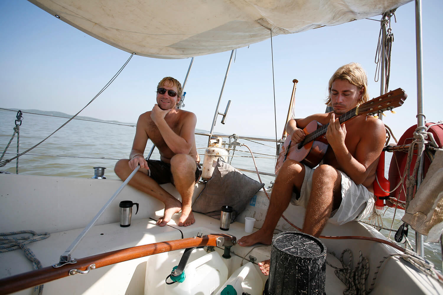 Sailing my sailboat Zloth - the best Panama to Colombia Boat